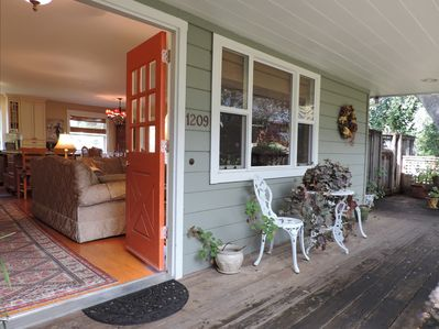 Front entry way with front porch