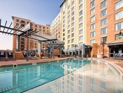 Wyndham Vacation Resorts At National Harbor Pool Area