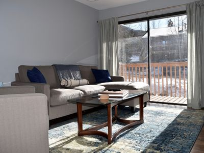 Photo for Nouveau Ski Condo: sleeps 4 in two bedrooms just steps from the Georgetown Lake
