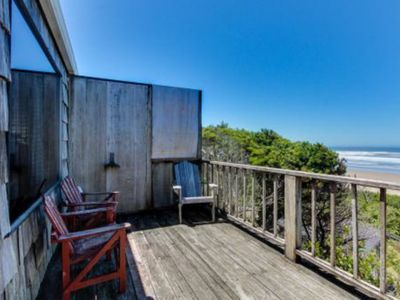 Photo for Dog-friendly oceanside cottage - 2 units in 1. Easy access to secluded beach!