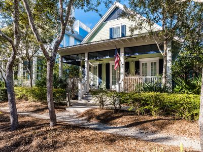 Photo for Executive Access Home! Park District - 3 Blocks from the Beach