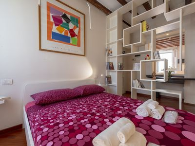 Photo for Cozy and spacious apartment in Isola district near Garibaldi and Bosco vertical