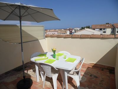 Photo for 2 rooms mezzanine sleeps 5 near the beach
