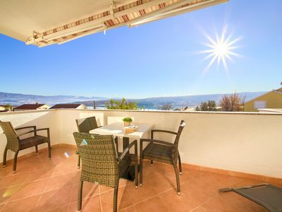 Photo for Apartment with fantastic sea views - contact the owner