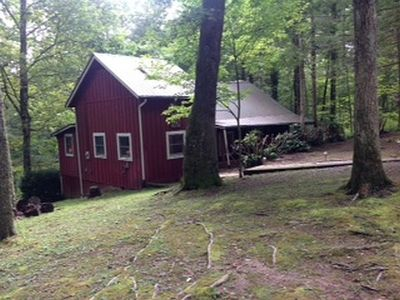 Photo for Hi Haven sits up high and has a wooded view with end of the road privacy