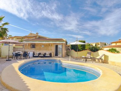 Photo for 6pp Villa well-maintained on Hill of Pedreguer, beautiful view to Denia