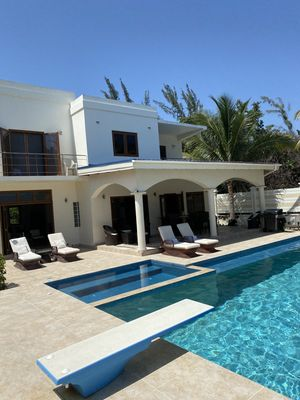 Photo for Contemporary well appointed 3 bedroom oceanfront home with private infinity pool