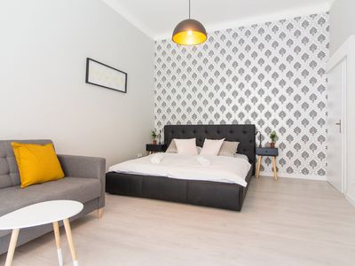 Photo for Apartment for 6 next to the Main Train Station by easyBNB