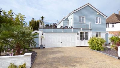 Photo for Detached house on quiet private marine estate next to sea