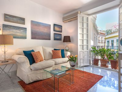 Photo for Bright apartment in the heart of Sevilla