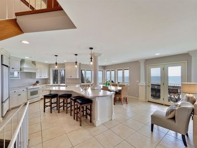 Beachfront views with deck and lake access - Sleeps 12