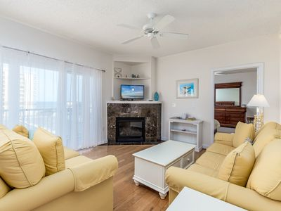 Photo for New Listing-Beautiful 3 bedroom condo, mid town, ocean block