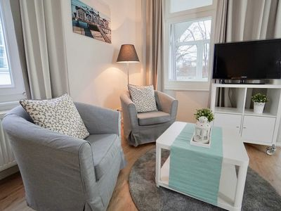 Photo for Holiday apartment (5) Vilm (H) - Apartment house Johanneshorst