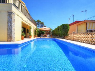 Photo for 4BR Villa Vacation Rental in Can Pastilla, Mallorca