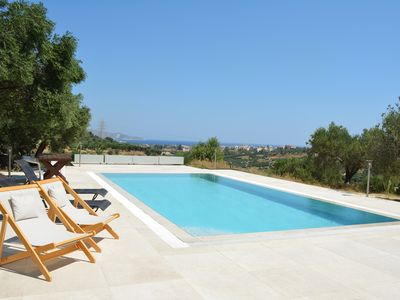 Photo for Paradise Countryside Villa with Private Pool !