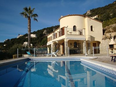 Photo for Near the beach property in Calonge with free wifi, 1 H BCN.