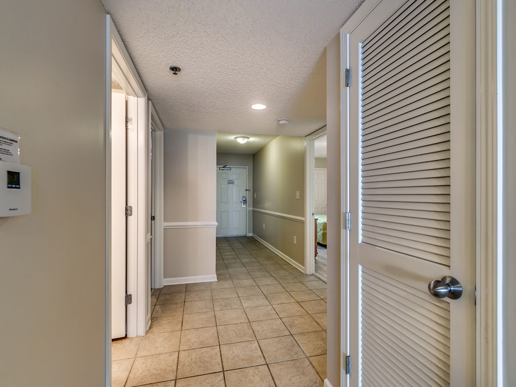 oceanfront 3 bedroom condo nmb newly renovated call for 20 off property image 8 oceanfront 3 bedroom condo nmb newly renovated call for 20