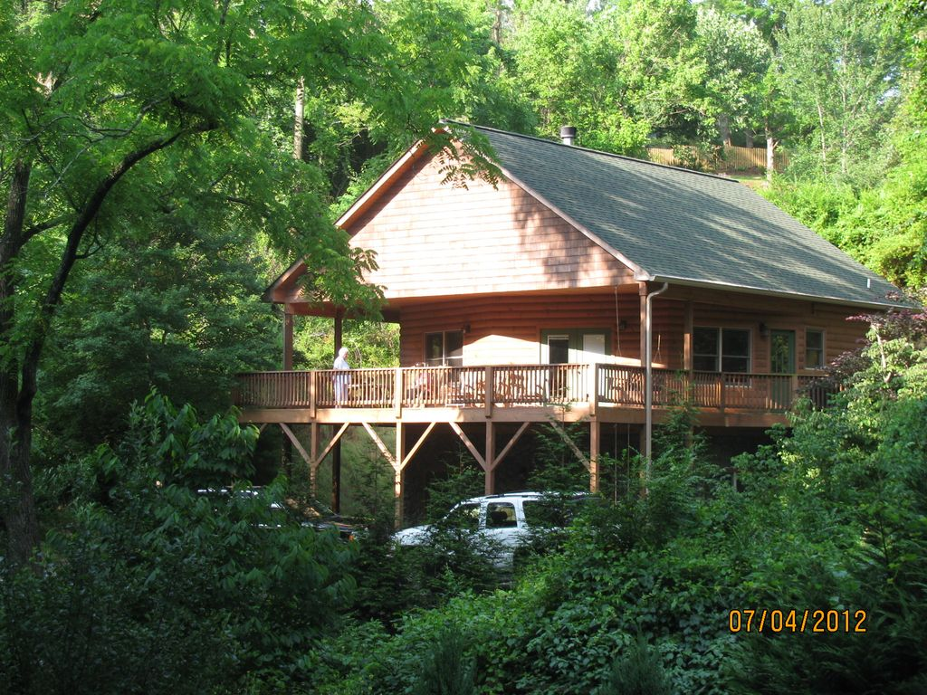 2017 01 tree house rentals in north carolina - Buckeye Cabin Located In Weaverville Nc