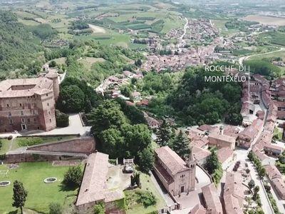 Photo for Golden Sands, in Holiday Home Rocche di Montexelo, view of the Castle in Roero