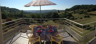 Photo for Cottage near Lascaux 4 with beautiful views of a valley