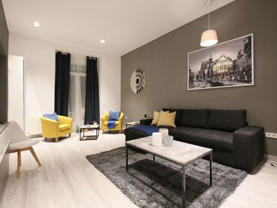 Photo for Perfect 4 bedroom deluxe London Center