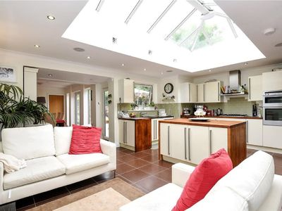 Photo for 4BR House Vacation Rental in Pinner, England