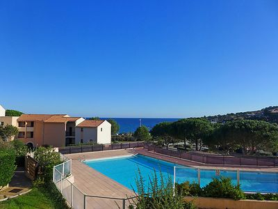 Photo for One bedroom Apartment, sleeps 4 in Saint-Peïre-sur-Mer with Pool and WiFi