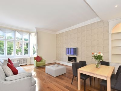 Photo for Amazing, bright, Knightsbridge 2 Bedroom with Garden View and Free WiFi