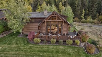 Wooly Bugger Cabin