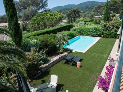 Photo for Presqu'ile de St Tropez, Charming villa at 300m walk from the beach and shops