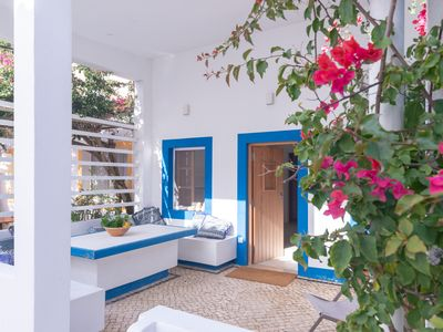 Photo for Seaside apartment with terrace Algarve by Lightbooking