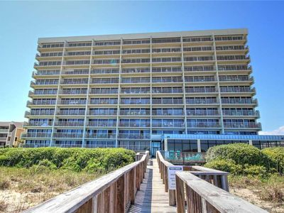 Photo for Pelican Watch 304: 3 BR / 2 BA condo in Carolina Beach, Sleeps 8