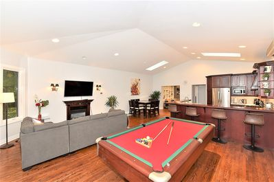12 Feet ceiling with Open Concept