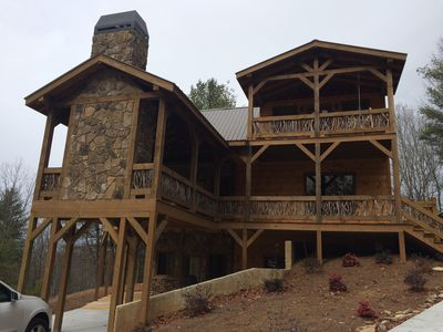 Photo for A slice of Heaven! Private escape with gorgeous mountain views!