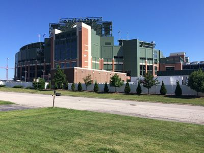 Photo for Wake up to Lambeau! So close You Can Hear The Roar Of Crowd