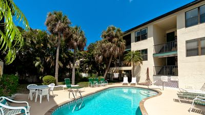 Photo for Beach View 7 - a 2 Bed/ 2 Bath 2nd floor condo w/pool and close to the beach