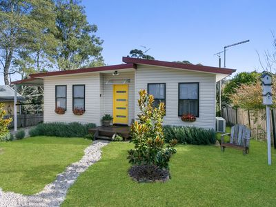 Photo for SUNNYSIDE - two bedroom cottage located only 500 m from the centre of Katoomba