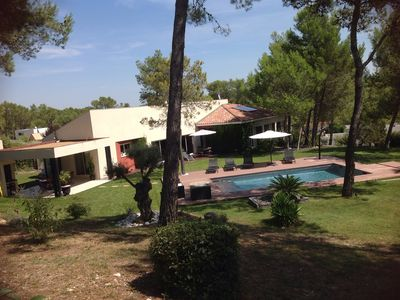 Photo for Contemporary villa with swimming pool in landscaped garden 3k
