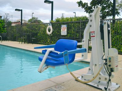 Photo for Free Breakfast Buffet. Outdoor Pool. King Suite Near Sea World.