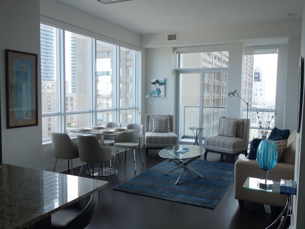 PERFECT FOR LONGER STAYS! Large Yorkville 2 bdrm/3 bath with ...