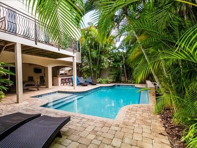 Photo for Seabreeze Villa: Amazing Family Friendly Private Pool Home With An Outdoor Kitchen!