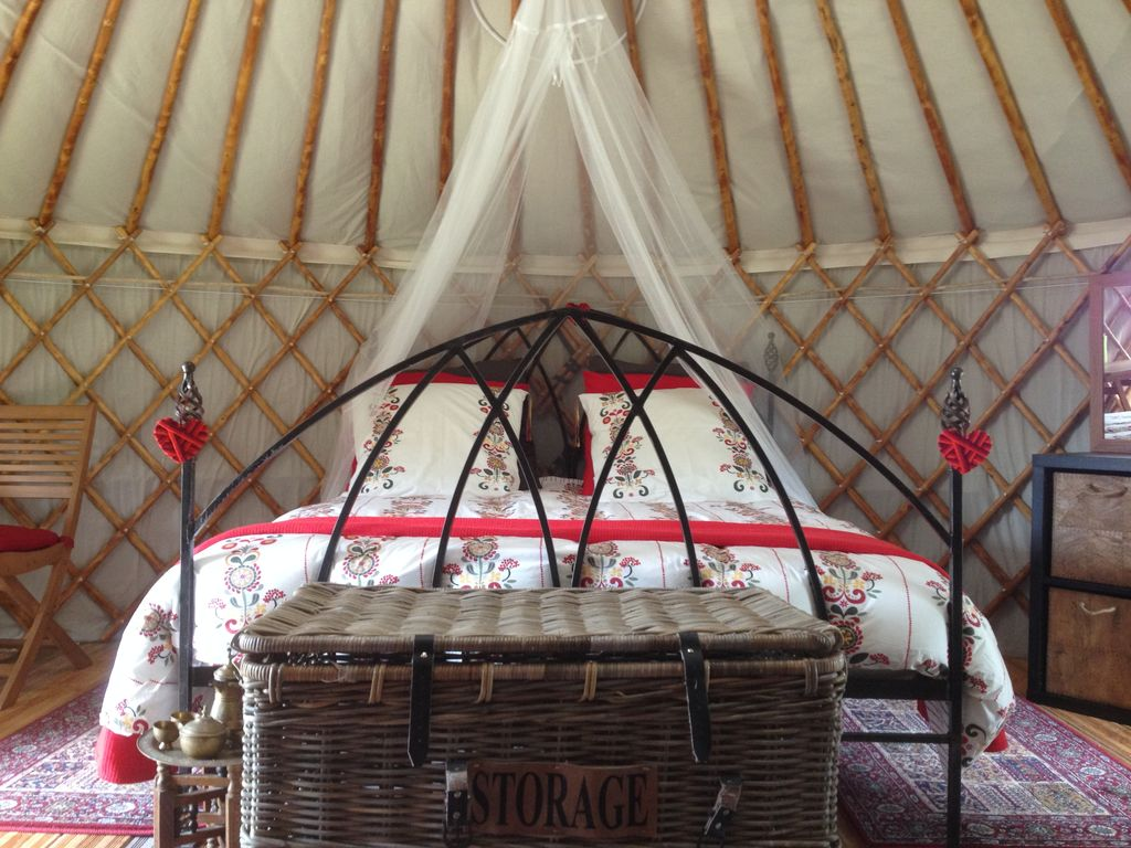 FR25047: Mongolian Yurt In National Park With Stunning Views ...