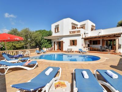Photo for *** CALA D'OR VILLA *** 5 Bedrooms, 4 Bathrooms, Air Con, WiFi,Private pool, BBQ