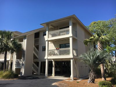 Photo for 2BR Updated with Marsh Views! Walk to Tennis/Lake House! Neighborhood Pool! Pet Friendly!