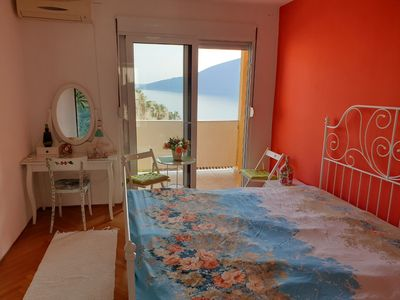 Photo for Apartment in heart of old town with amazing sea view