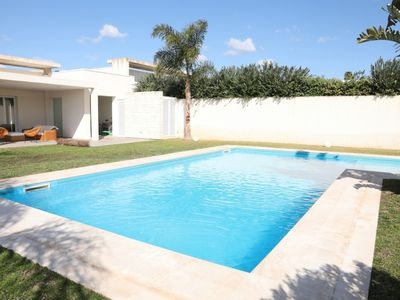 Photo for Splendid Villa with Pool and Garden x 5! NEW