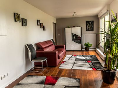 Photo for Very nice quiet apartment, bright with terrace