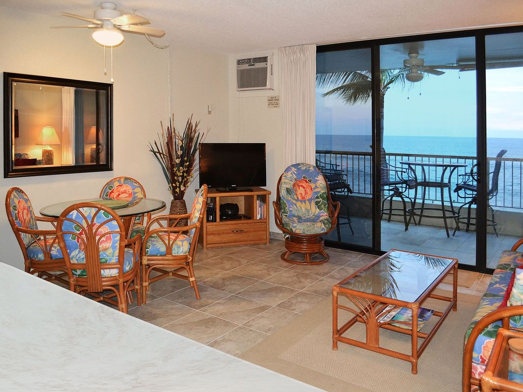 Prime oceanfront kona reef vacation condo vrbo beautiful ocean view spacious cable hd tv ac solutioingenieria Image collections