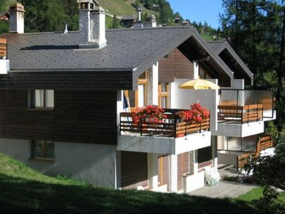 Photo for Duplex-Apartment, 4 1/2 rooms, 7-8 pers., located in the charming village Grimentz. Magnificient landscape in the Val d'Anniviers, 220Km of ski trails, snowparks