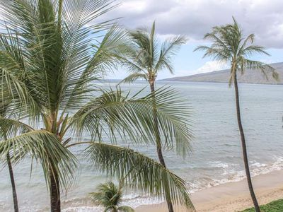 Photo for Enjoy whale season from your private lanai overlooking the sea - 1 bedroom condo on the 6th floor